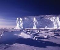 Antarctique : recul des glaciers et montée du niveau des mers