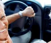 Continuer à conduire : bon pour le moral et la santé des seniors