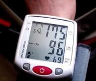 Contrôler l'hypertension artérielle pour prévenir les troubles cognitifs
