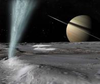 Des molécules organiques complexes découvertes sur Encelade