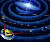 Ondes gravitationnelles, trous noirs lumineux, fluctuations quantiques du vide : un nouvel ordre ...