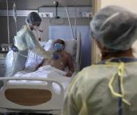 La Covid-19 entraîne 3 fois plus de décès à l'hôpital que la grippe saisonnière
