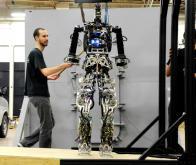 La marine américaine aura son robot-pompier en 2015 !