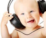 La musique aide les bébés à parler plus vite