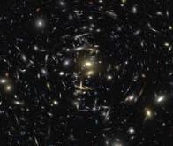 La relativité générale d'Einstein confirmée à l'échelle cosmique !