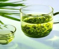 Le thé vert : bon pour la ligne et le cerveau !