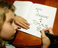 Les enfants dyspraxiques savent manier les concepts mathématiques
