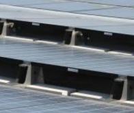 Les panneaux solaires maintiennent l'habitat au frais