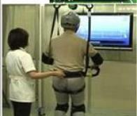 """Les """"robots de soins"""" se multiplient au Japon"""