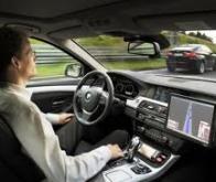 Les voitures sans chauffeur, une réalité d'ici 2018 ?