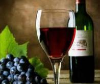 Un peu de vin rouge contre le cancer de la prostate ?