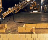 Un robot capable de construire une maison en deux jours