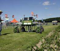 Un robot pour en finir avec les mauvaises herbes