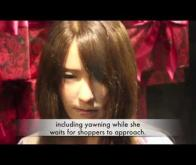 Un robot se fait passer pour un mannequin dans une boutique japonaise
