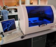 Un système d'analyse entièrement automatique de l'ADN