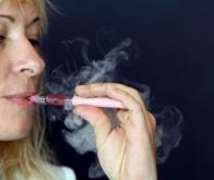 Une étude américaine remet en cause l'intérêt de la cigarette électronique pour arrêter de fumer