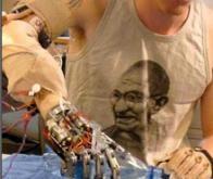 Une prothèse de main robotique !