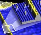 Des chercheurs ont créé des fils électriques de 1 x 4 atomes