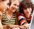 La fatigue des adolescents peut être guérie par Internet