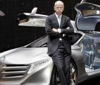 Mercedes présente la voiture de 2025