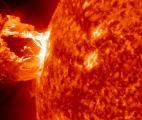 Mieux prédire les éruptions solaires