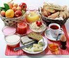 Prendre un bon petit-déjeuner pour garder la ligne…