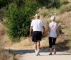 Seniors : Une petite marche quotidienne suffit  pour entretenir la forme !
