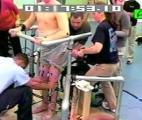 Un paraplégique est parvenu à se remettre debout !