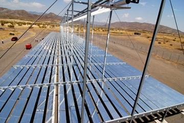 La plus grande centrale solaire thermique de norv ge for Miroir de fresnel